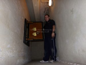 Jason Jones of Key Elements opening a Chatwood Diamond vault