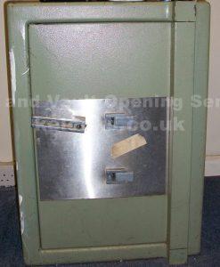 Non-Destructive safe opening stratford safe