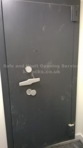 Wertheim strongroom door locked out