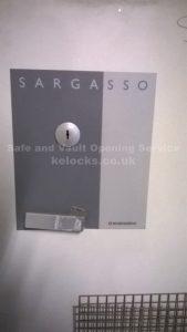 Rosengrens Sargasso Safe opening by Jason Jones, Key Elements