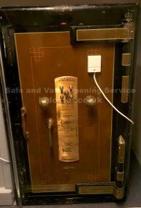 Chatwood Diamond safe opened by Jason Jones Key Elements