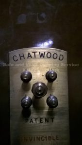 Chatwood 5 spindle combination lock opened by Jason Jones Key Elements