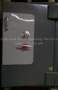 Chatwood Milner Duplex safe opened by Jason Jones Key Elements