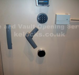Chubb Cennox grade vault opened by Jason Jones of Key Elements