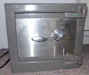 Chubb Castelle safe opened by Jason Jones of Key Elements