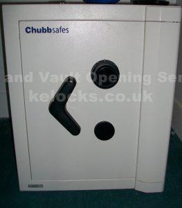 Chubb safe opened by Jason Jones of Key Elements