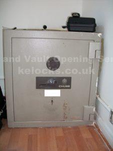 Chubb Lichfield safe opened by Jason Jones of Key Elements