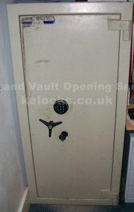 Dusley Safe opening Hertfordshire