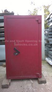 Fichet safe cracked in Hertfordshire by Jason Jones of Key Elements