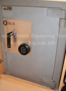 SLS safe cracking in Cambridgeshire, Jason Jones Key Elements