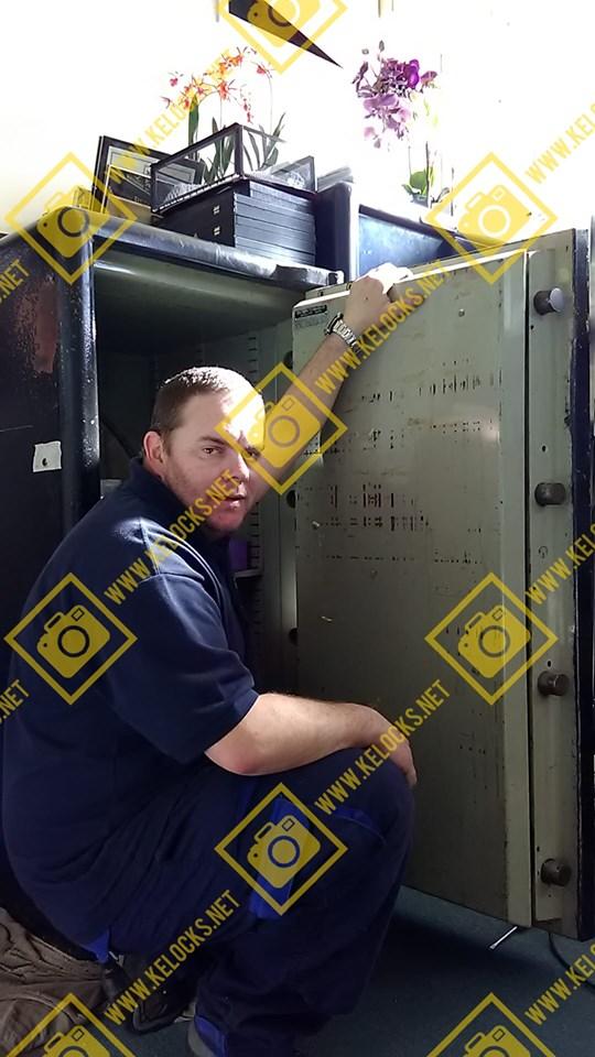 Chubb safe with anti burglar device opened